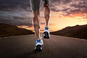 solo-runner-on-highway